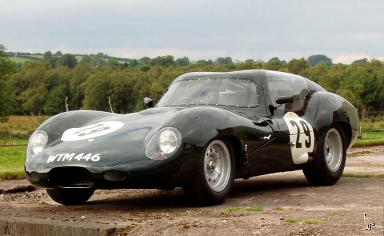 Lister_Jaguar_GT_1963_1.jpg